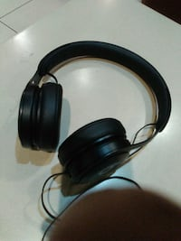 black and gray beats by dre headphones 3128 km