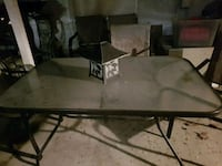 Patio table with 6 chairs Kelowna