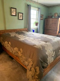 Cargo Queen Size Bed with Two Nite Stands  Old Town Manassas