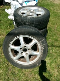 15 inch tires and mags.