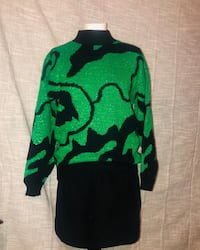 Green vintage sweater size medium