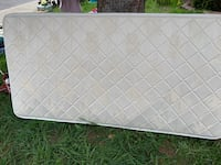 Mattress in excellent condition have it only 1 year Montréal, H4W 1Z7