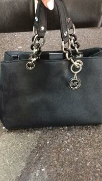 black Michael Kors leather tote bag Mississauga, L5A 3C6
