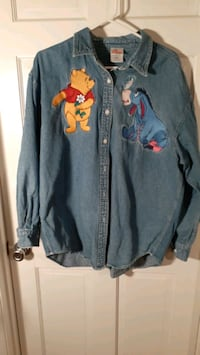 Disney Extra LG denim blouse