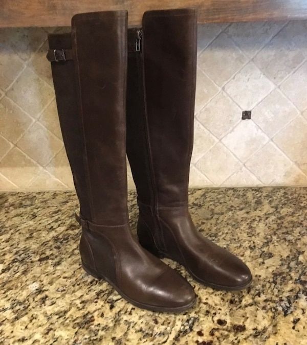 Ugg leather boots size 7