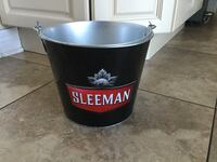 METAL BUCKET DIM 7.5x9 INCHES