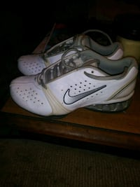Nike Reax size 6 1/2  Holland, 43528