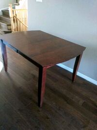 Extendable wooden Table, for 6-8 Richmond Hill, L4C