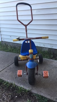Radio Flyer tricycle Suffolk, 23434