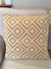 Rowe Chevron Pillows (3) ***LIKE-NEW, SMOKE/PET FREE HOME ***** Hoover, 35244