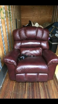 brown leather recliner sofa chair Alexandria, 22306