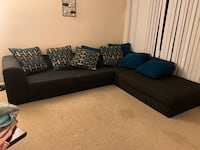 2 pc sectional couch  Norfolk, 23518