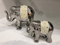 2 large beautiful elephant figurines home decor Edmonton, T6M 1A3