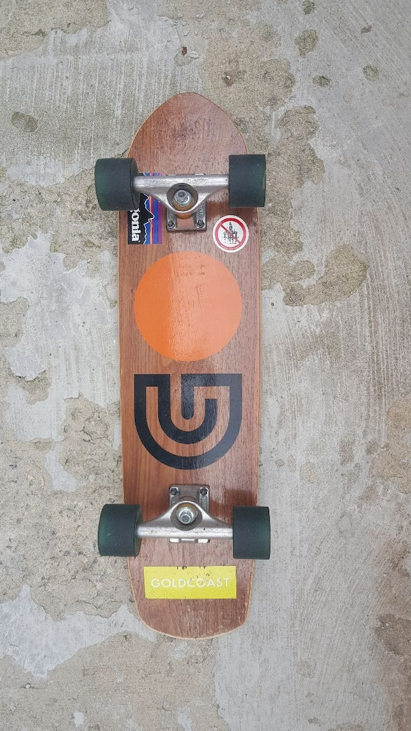 5bbe289f4f Used Goldcoast cruiser skateboard for sale in Queens - letgo