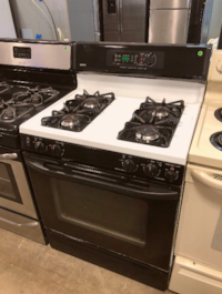 Kenmore White and Black Gas Stove Bay Shore