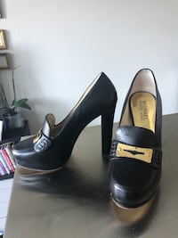 Black MICHAEL KORS round-toe pumps with chunky heel Fort Lauderdale, 33308