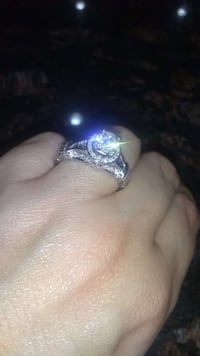Halo 1.50 carat diamond ring Atlanta