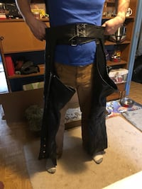 Leather king genuine leather riding chaps  West Milford, 07480