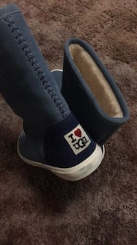 Ugg boots brand size 7 never used Tustin, 92780