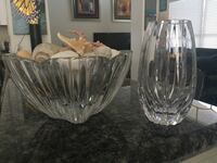 Glass Dish and Glass Vase 880 mi