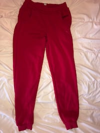 girls puma sweatpants  Ottawa, K1V