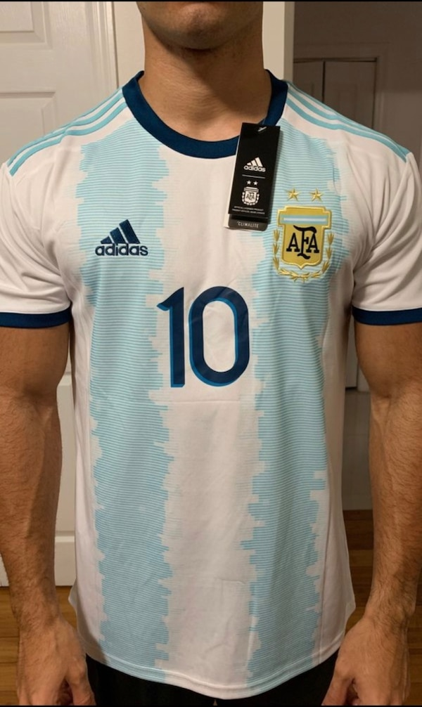 new concept a6eab d3216 Messi 19/20 Argentina Home Kit