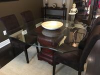 Bombay Glass Dining Table with 4 chairs King, L7B 0B4