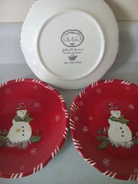 3 red and white snowman themed ceramic plates Wilmington, 19810
