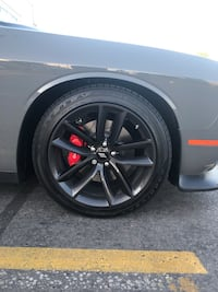 Dodge Challenger rims and tires Quinte West