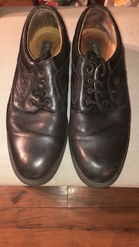 Spoiler city size 11 dress shoes Toronto, M5S 2J2