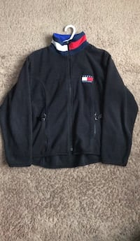 Tommy helfiger zip up sweater Surrey, V3R 3Z8