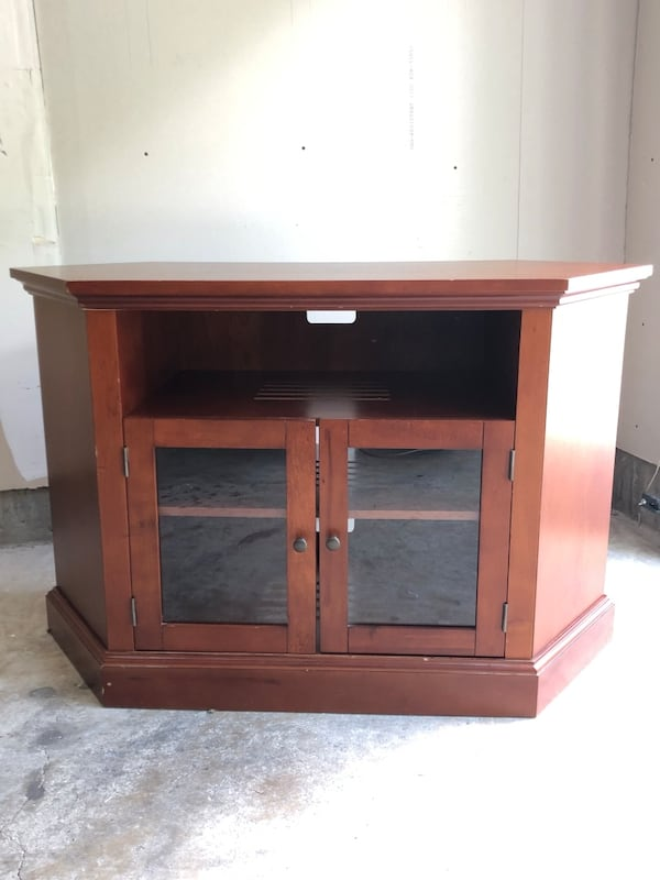 TV console with two shelves and glass doors 83ff5fee-f403-4a06-8278-de71446c7721