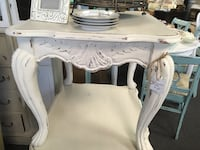 Chalk Paint End Table in Cream Murrells Inlet, 29576