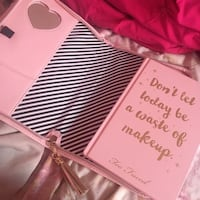 Too faced makeup agenda/journal  Mississauga, L5M 3K4