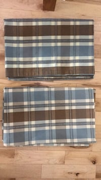 """Cotton Curtain Panels (2) with hidden back tab 52"""" wide x 84"""" length each Toronto, M2H 3E9"""