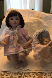 1995 Christina from Favourite Friends collection  porcelain doll. Alexandria, 22303
