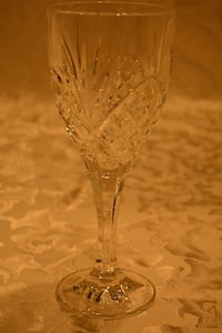 Set of 12 Shannon Crystal Wine Glasses Waxhaw