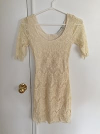Beautiful white lace dress brand new with tags