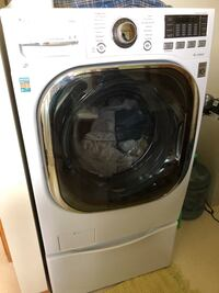 Washer/dryer combo with pedestal. Blaine, 55434