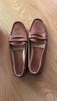 banana republic Pair of brown leather penny loafers Menifee, 92584