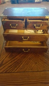 jewelry box Laurel