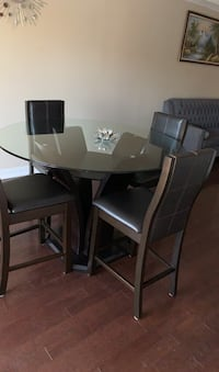 Dining table and chairs  Markham, L3S 1N1