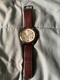 Express big face watch with genuine leather band  New York, 10035