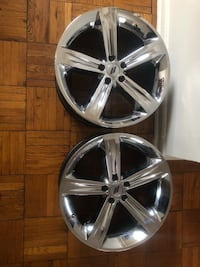 chrome 5-spoke car wheel set Washington, 20024