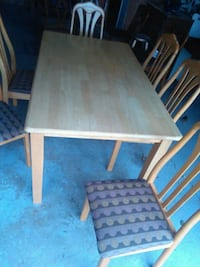 Dining table Grand Valley, L0N 1G0