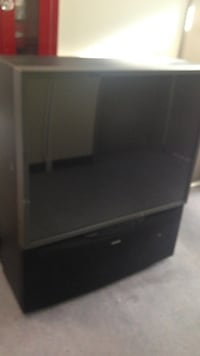 black and gray rear projection tv Gatineau, J9H 6W2