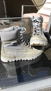 Timberlands boots Vancouver, V6L 1N2