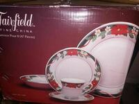 white and red floral dinnerware set box