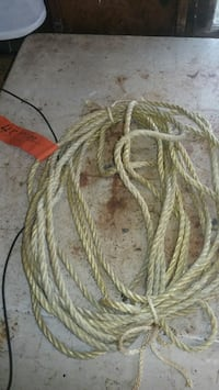 "1/4"" rope 46 feet  Des Moines, 98198"