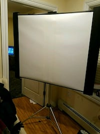 Expandable Projection Screen on Heavy Duty Tripod Palisades Park, 07650